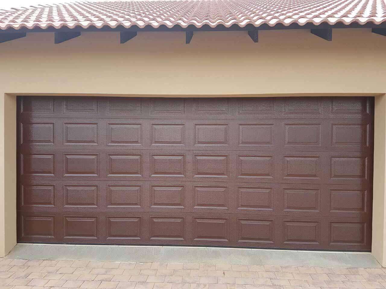 Double Brown 40 Panel Chromadek Door