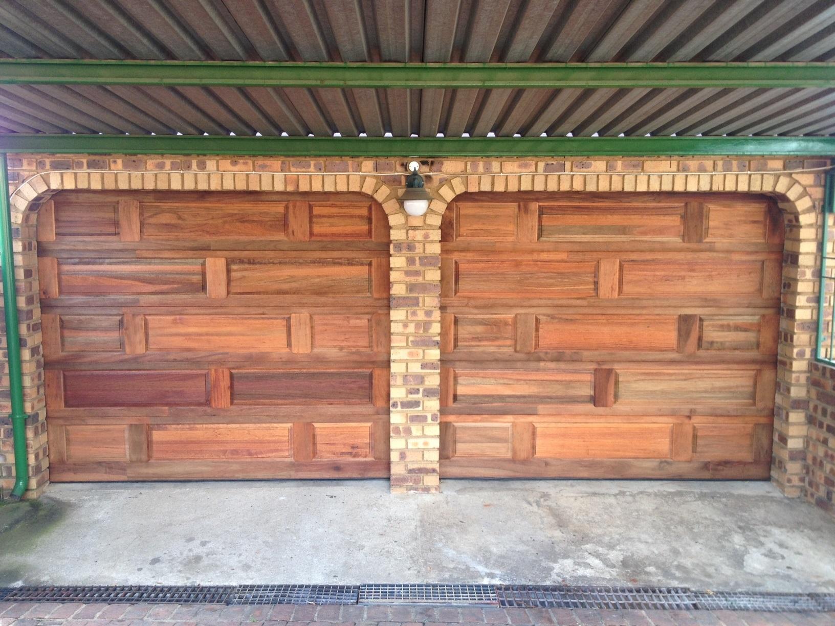 Single Brick Meranti Door
