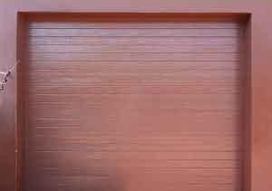 Single Brown Slatted Chromadek
