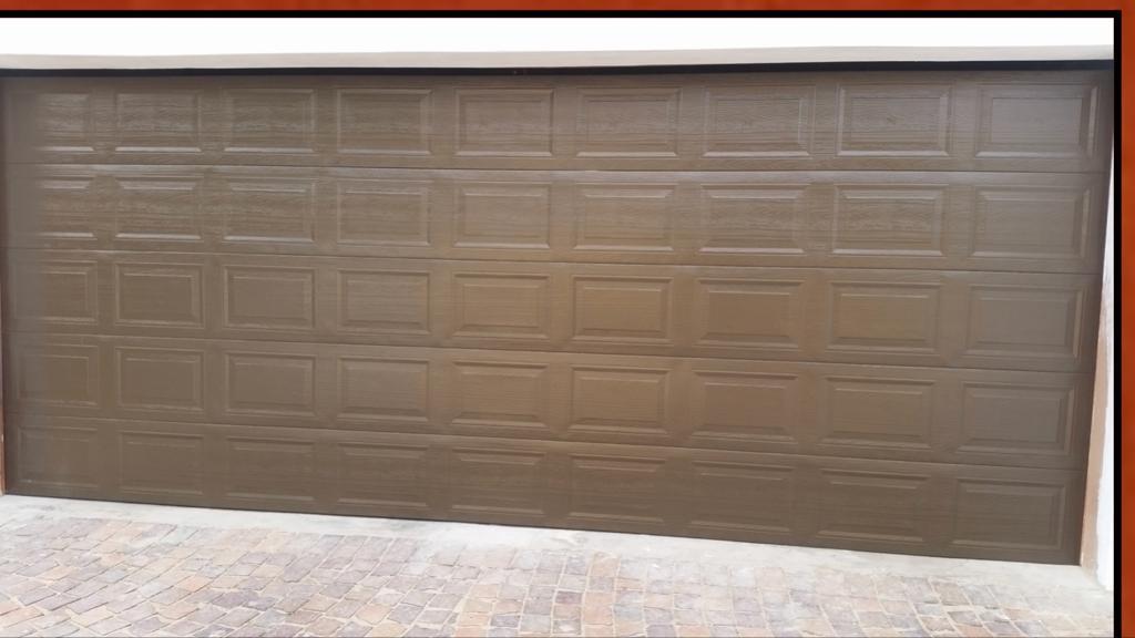 Double Bronze 40 Panel Chromadek Door