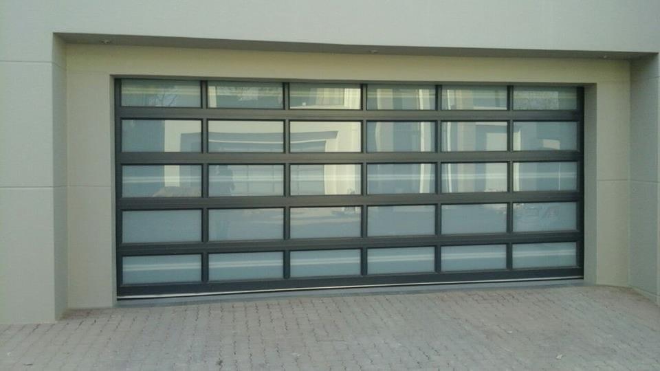 Double Aluminium Frosted Glass 40 Panel Door