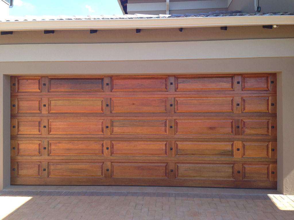 Wooden Doors East Rand Photo Album Handle Idea