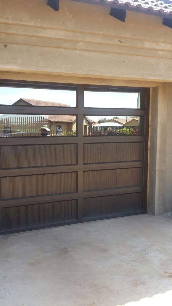 Single Glass Aluminium Insert Door